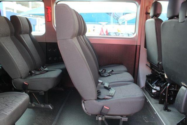 Master Minibus 16 lug Executive L3h2 2.3 / 2019 - Super Nova / Único Dono - Foto 6