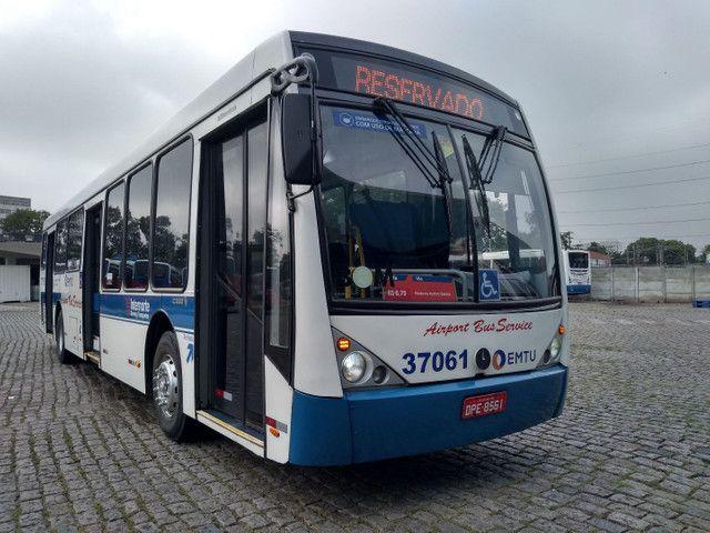 Ônibus urbano com ar condicionado. - Foto 2