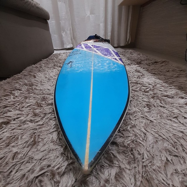 Prancha de surf 5.3 troco por 5.7 - Foto 4