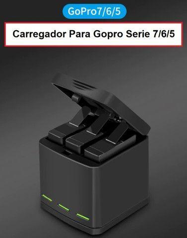 Carregador GoPro Hero 5 6 7 8 Black - Carregador Triplo - Foto 2