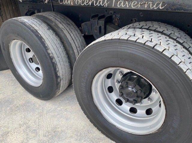 Caminhão 24250  - Foto 5