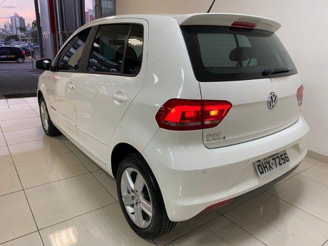 VW Fox Comfortline 1.0 12v - 2017 - Foto 4