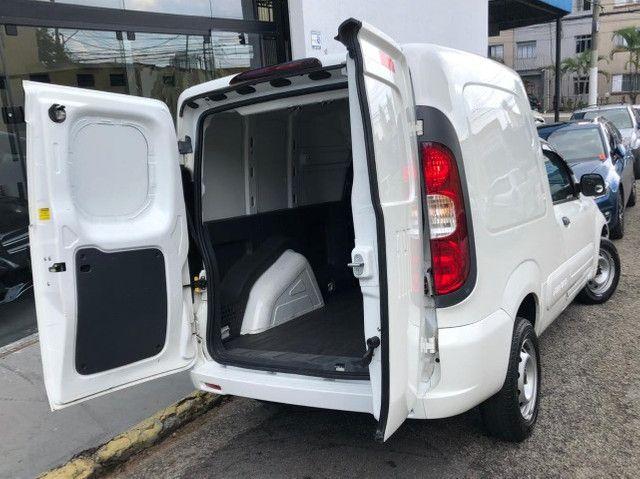 Fiat Fiorino 1.4 Furgão Hard Working Ano 2018 - Foto 6