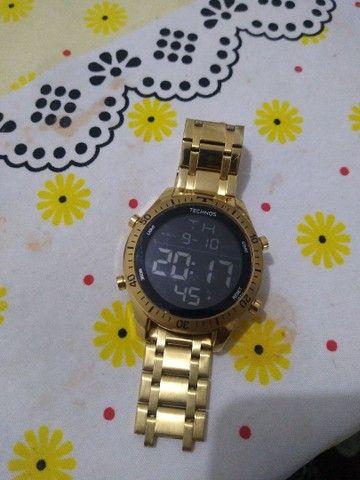 Relógio Technos Digital - ***( OBS: TEM QUE CONCERTAR A PULSEIRA )****