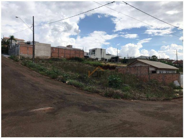 Terreno à venda, 306 m² por R$ 73.000 - Ivaiporã/PR