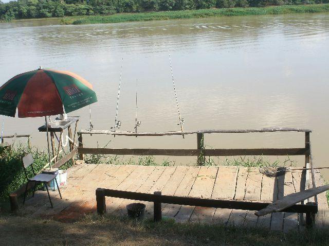 Rancho/pousada para lazer e pescaria, as margens do Rio São Francisco, 3 quartos, uma suit - Foto 12