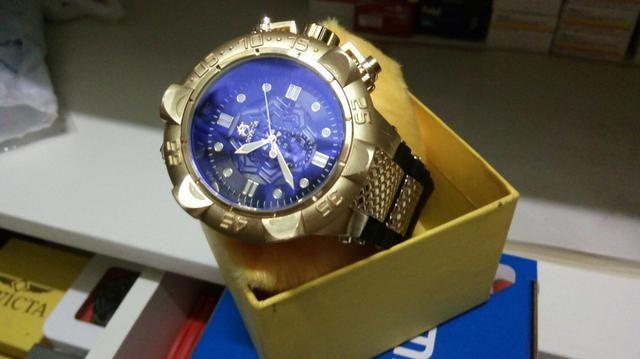 Vendo relógios de marcas de sucesso, à preço sem igual