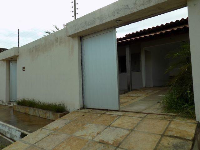 Casa em Campo Maior, 3 quartos sendo 1 suíte, financiável e negociável
