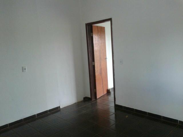 Aluga-se Apartamento de 1 Quarto | Sacada | Garagem | Setor de Mansões Sobradinho