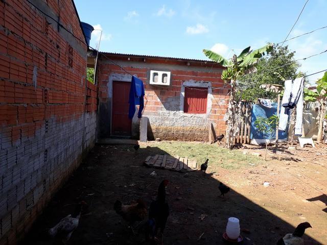 Troco está casa na Av.praia do Amapá pelo uma na sobral