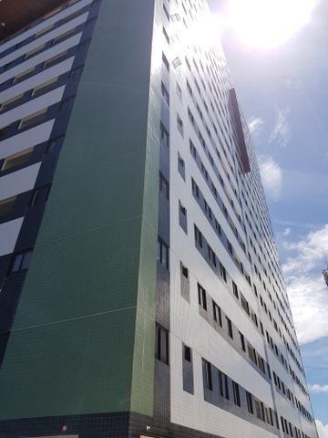 Prédio localizado a 100 m da Avenida Fernandes Lima Enfrente ao Quartel