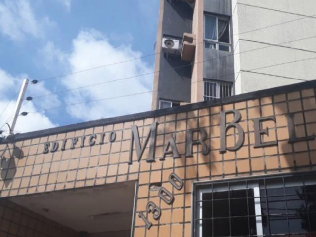 Apartamento à venda com 2 dormitórios em Fátima, Fortaleza cod:1L17743I138628