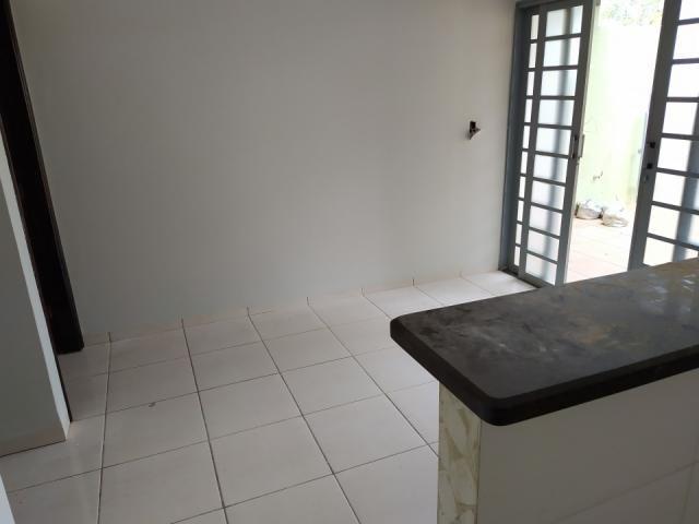 8272   casa para alugar com 2 quartos em jd tropical, dourados - Foto 3