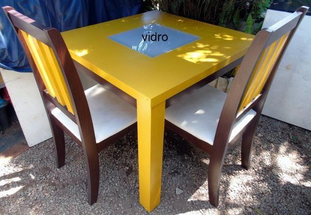 Mesa Madeira e Vidro com 4 cadeiras 90x90 cm - Foto 3