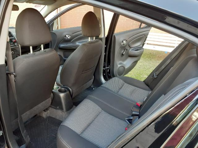 Nissan Versa 1.6 SV manual - estado de novo - Foto 7