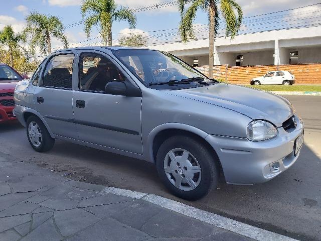Corsa Classic Sedan 4Portas Ano: 2004*Entrada R$ 2.900 + 12xSem Juros no Cartão