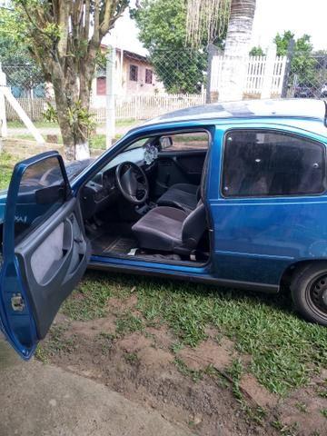 Carro,doc em dia dut em branco, informações pelo wats * - Foto 2