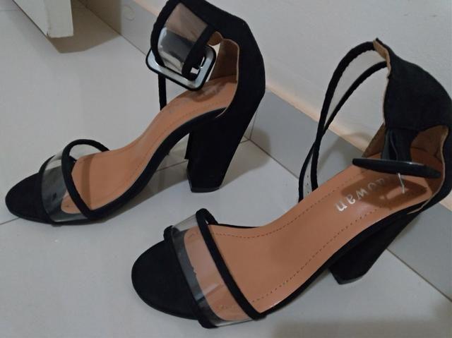 Sandália Salto alto tamanho 36 super nova - Foto 3