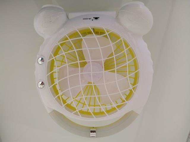 Mini ventilador portátil com luz de LED - Foto 3