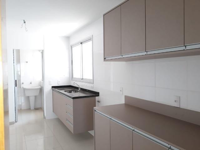 Apartamento Muito próximo aos Shoppings Estação e Goiabeiras - Foto 12