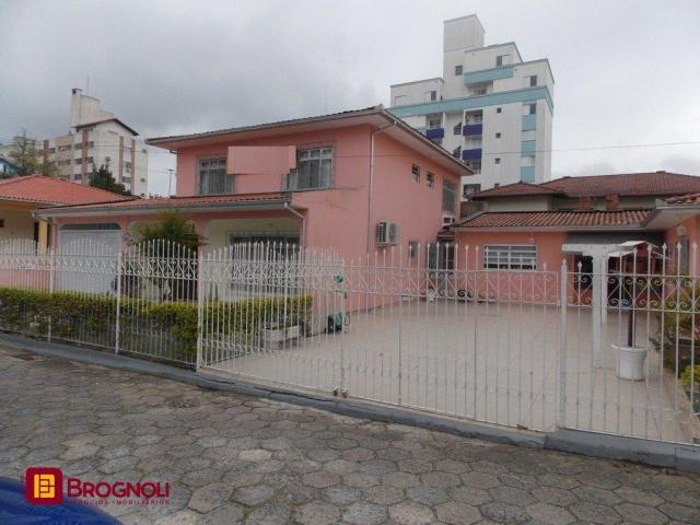Casa à venda com 5 dormitórios em Trindade, Florianópolis cod:C6-37367