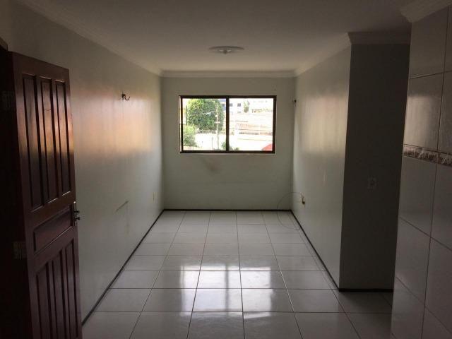 Apartamento na Maraponga Com 03 Quartos , Use Seu Fgts :Paulo 85-9  * WhatsApp - Foto 5