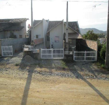 Casa com 2 dormitórios à venda, 47 m² por r$ 64.287,22 - itinga - araquari/sc