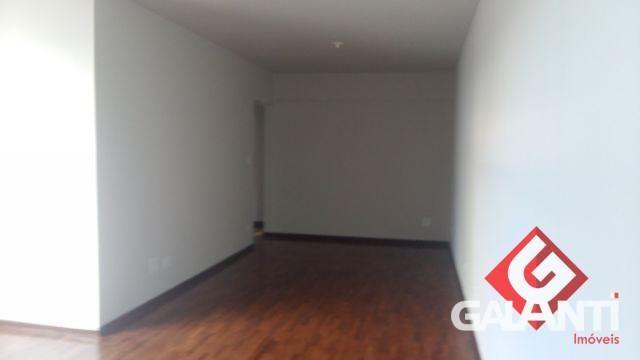 8055 | Apartamento para alugar com 3 quartos em CENTRO, MARINGÁ - Foto 2