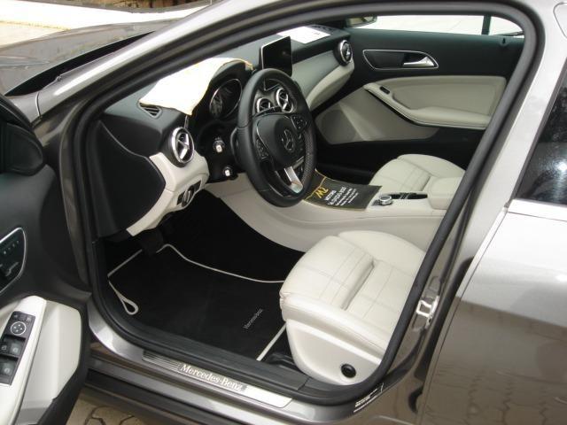 Mercedes-Benz - GLA 200 Enduro 1.6 Turbo Flex 156cv AT 2016 - Foto 7