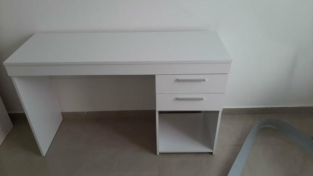 Vendo armario e mesa - Foto 2