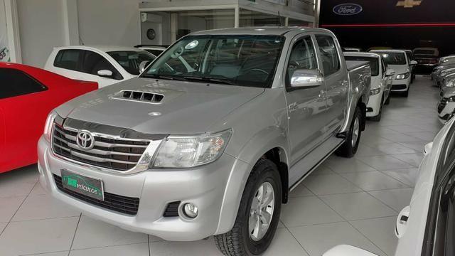 Toyota hilux SRV 4X4 Diesel 2020 pago
