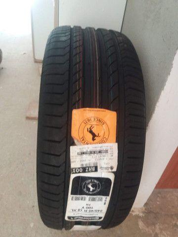 Pneu Continental 245/45 R 18 XL 100y