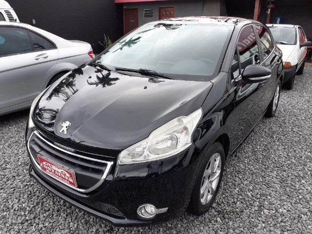 Peugeot 208 1.5 Allure ano 2014 Top