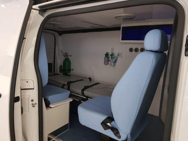 Ambulância Peugeot Expert - Foto 9