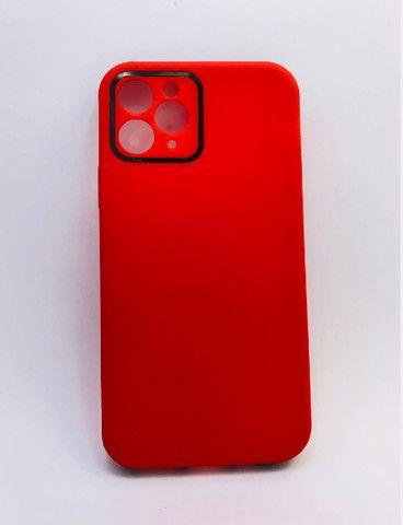 Case / Capinha simples lisa iPhone 11 Pro Max (Aceito cartão)