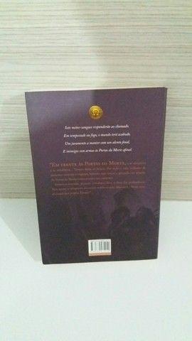 Livro A casa de Hades - Foto 2