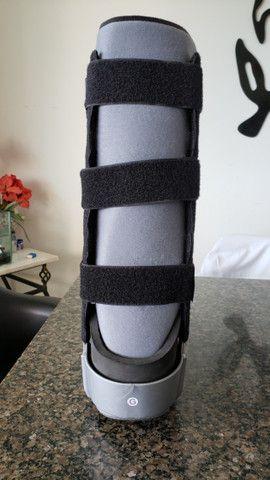 Bota ortopédica imobilizadora longa Robofoot Salvapé tamanho G - Foto 4