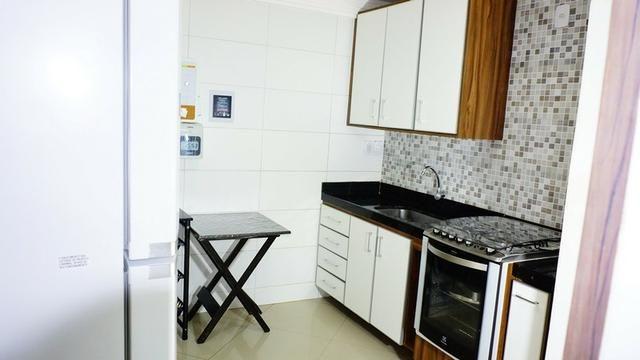 Vendo casa triplex toda decorada. Bairro Castália - Foto 13