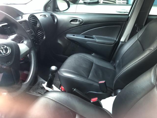 Etios sedan 1.5 2014 - Foto 7