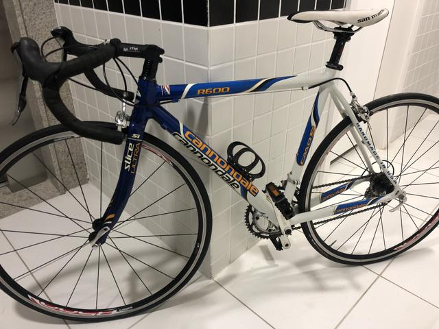 Bicicleta Speed Cannondale R600 - Foto 4