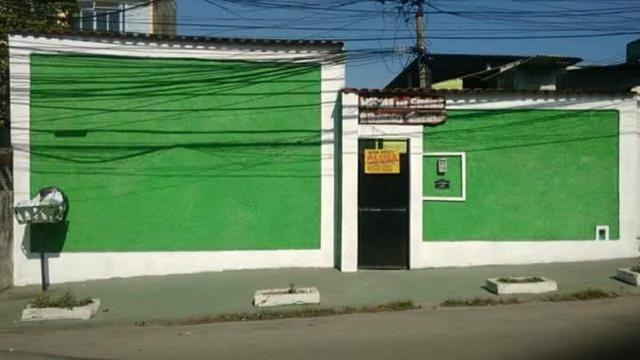 Casas para vender (Avenida com 9 casas e 1 kitnet )