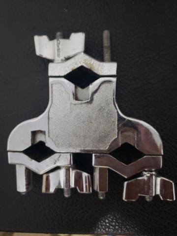 Clamp Gibraltar SC-4429 com 3 Conexões Multiuso para Holders, Extensores e Acessórios - Foto 2