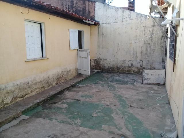 Alugo Excelente Casa no Bequimão com 3 Quartos - Foto 7