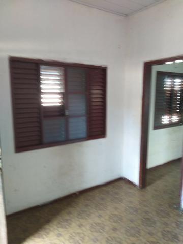 Alugo casa simples e antiga - Foto 2