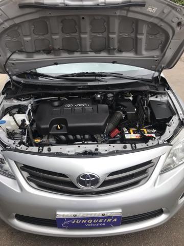 Toyota Corolla Gli 1.8 Automático 2013 - Foto 7