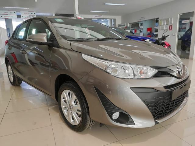 TOYOTA YARIS HATCH XL AT 19/20 - Foto 3