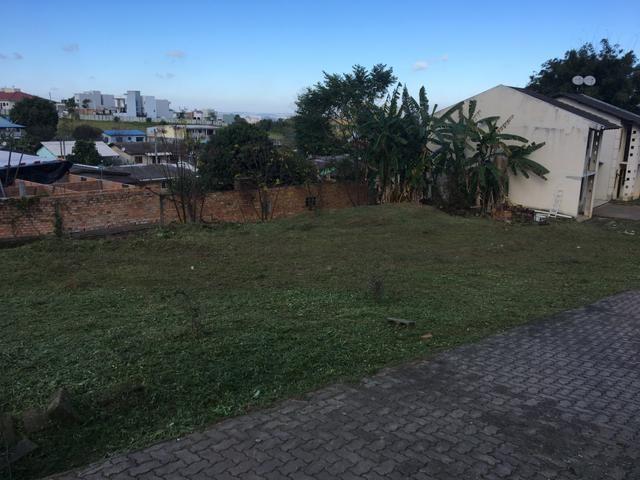 Vendo Casas e terrenos - Foto 2