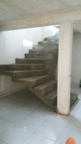 Alugo casa sobrado - Foto 3