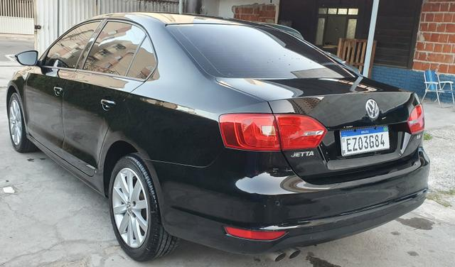 VW Jetta 2013/13 - com teto solar - impecável! - Foto 6