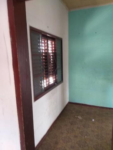 Alugo casa simples e antiga - Foto 3